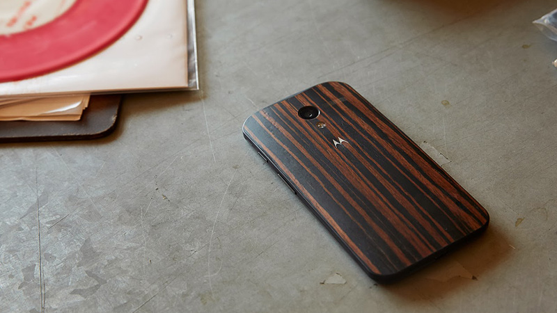 walnut finish moto x